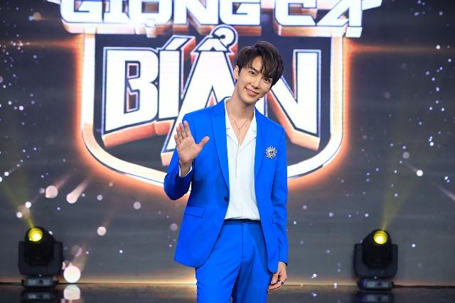 Park Jung Min, nam thầnSS501, Hari Won, Trấn Thành, giọng ca bí ẩn, giọng ca bí ẩn tập 16, Cris Phan, khả như, vũ hà, SS501, kiều ngân, giọng ca bí ẩn