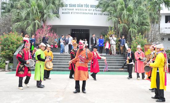 Tết nguyên đán canh tý 2020, Tết Việt, Hà nội, chơi tết