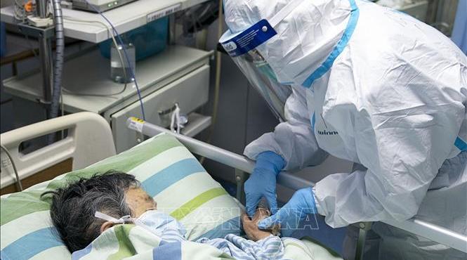 Dịch viêm đường hô hấp cấp do virus corona: Số ca tử vong tại Trung Quốc tăng lên 803 người