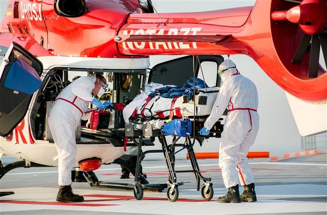 Tổng số ca mắc COVID-19 toàn cầu vượt 800.000 người, 38.714 người đã chết