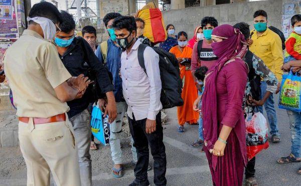 Dịch COVID-19:  Thái Lan gia hạn cấm các chuyến bay quốc tế, Ấn Độ ghi nhận hơn 90.000 người mắc