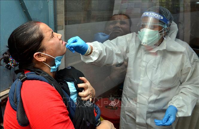 DịchCOVID-19: Ấn Độ sẵn sàng đưa vào sử dụng bệnh viện dã chiến lớn nhất thế giới