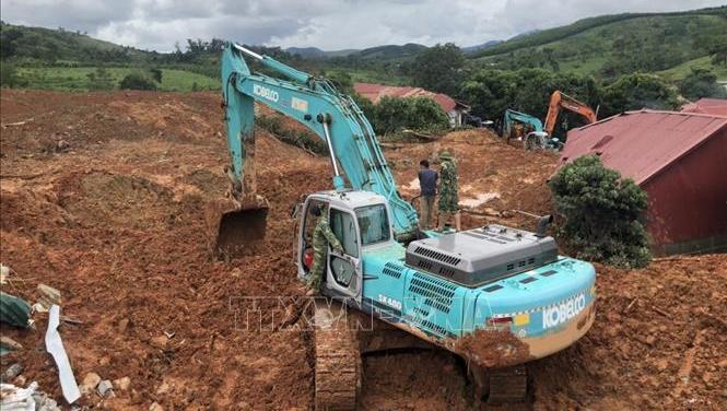 Sạt lở đất ở Hướng Hóa - Quảng Trị: Đã tìm được 10 thi thể, dồn tổng lực thông đường vào hiện trường