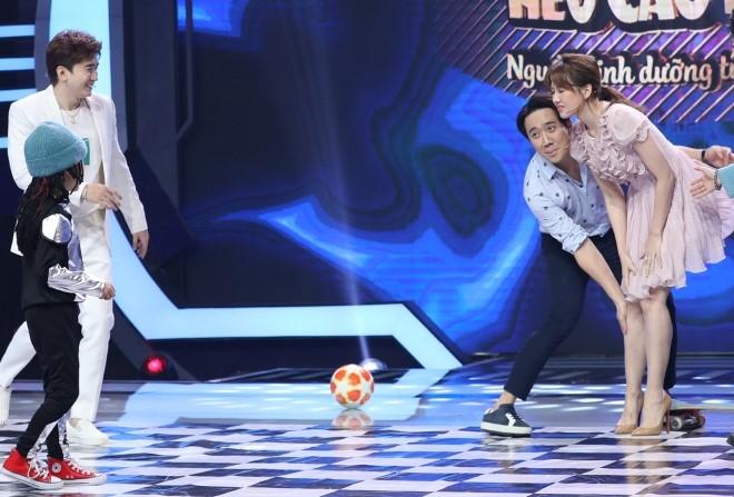 'Siêu tài năng nhí': Hari Won 'tố'Trấn Thành lúc nào cũng muốn làm tổn thương mình