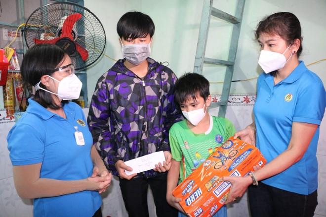 Đề xuất chính sách hỗ trợ trẻ mồ côi do dịch Covid-19