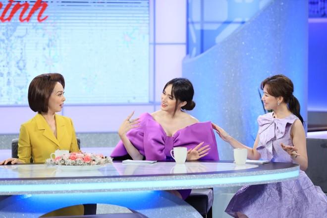 Chị em chúng mình, Chị em chúng mình tập 7, Hari Won, Hương Giang, Hứa Minh Đạt, VTV3, chi em chung minh