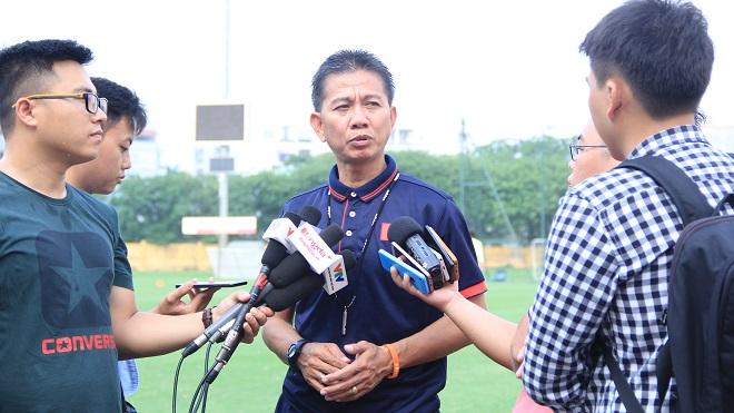 HLV Hoàng Anh Tuấn: 'Tôi cần 21 cầu thủ ở U20 Việt Nam, ai lo lắng nên ở nhà'