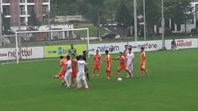 Cầu thủ Viettel B ẩu đả với đàn em Như Thành tại giải hạng nhì