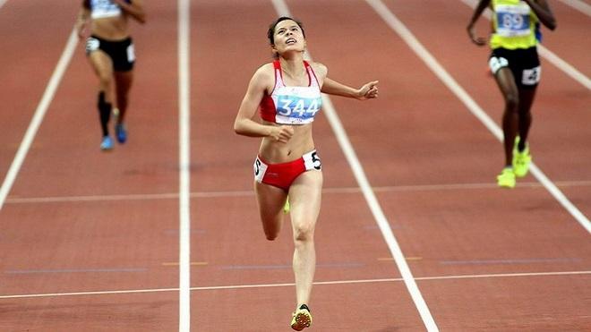 Nguyễn Thị Huyền giành HCV 400m rào châu Á, phá kỷ lục quốc gia