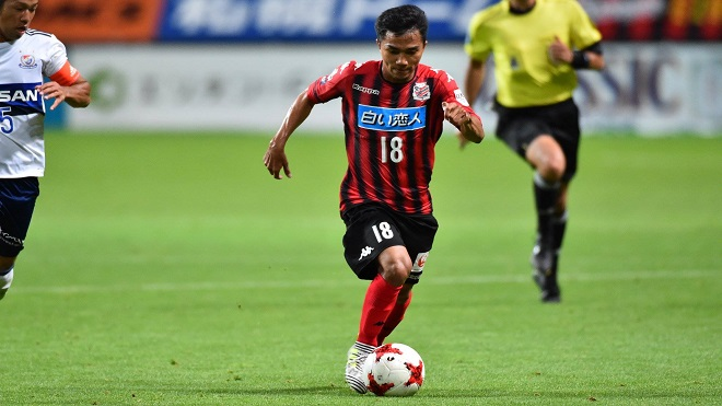 Chanathip Songkrasin đá chính 4 trận liên tiếp cho Consadole Sapporo