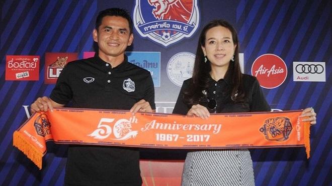 HLV Kiatisak có thể từ chức chỉ sau 3 tháng dẫn dắt Port FC tại Thai League 1