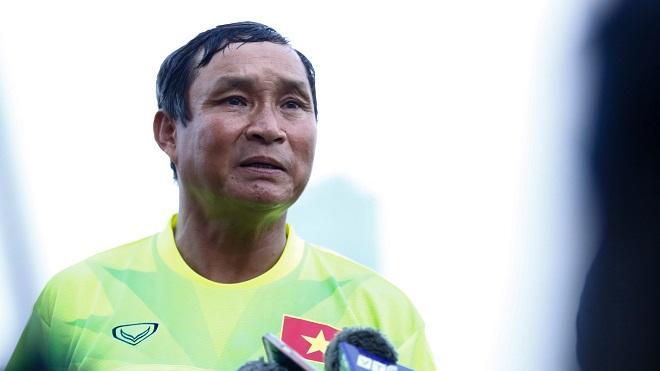 HLV Mai Đức Chung: 'Campuchia không yếu, tôi nhẹ nhõm vì Việt Nam đã thắng'