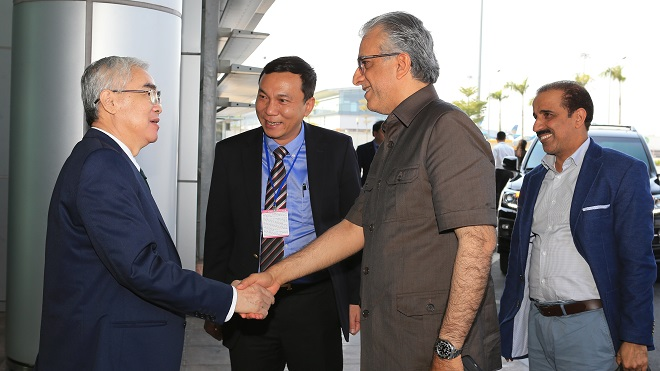 Chủ tịch AFC sang Việt Nam, Chủ tịch VFF Lê Hùng Dũng xuất hiện