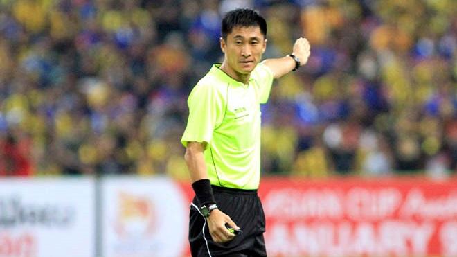 Trọng tài Trung Quốc nhiều tranh cãi bắt trận chung kết U23 Việt Nam - U23 Uzbekistan
