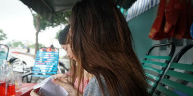 Đi uống cafe, hai cô gái xinh đẹp bị Phường đưa thẳng vào Trung tâm hỗ trợ xã hội