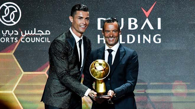 Tranh cãi việc Ronaldo vượt Messi giành giải Cầu thủ hay nhất thế kỷ