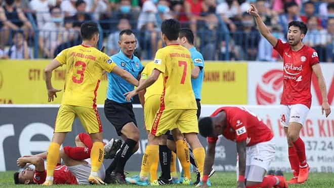 VIDEO highlights và bàn thắng Thanh Hóa 1-1 TPHCM: Mất điểm đáng tiếc