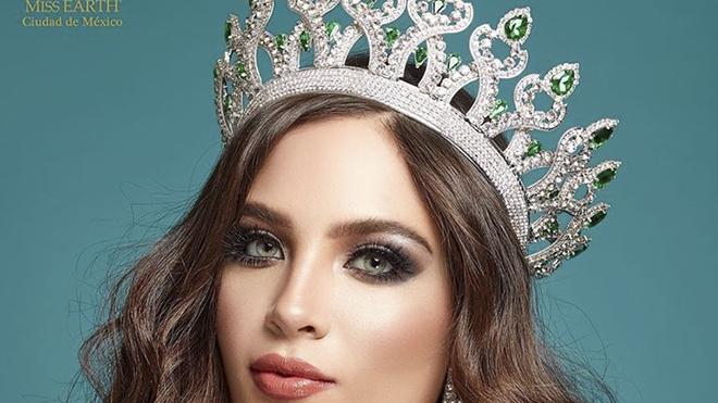 Vương miện 'Miss Charm International' 2020 trị giá gần 3,5 tỷ đồng