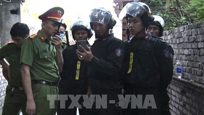 Di lý đối tượng bạo hành con gái tại Bắc Ninh về quê