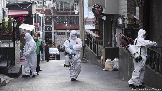 Hàn Quốc duy trì giãn cách xã hội vì dịch COVID-19