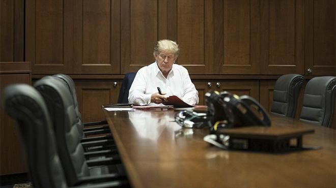 Đơn thuốc nào đang được sử dụng để điều trị cho Tổng thống Mỹ?