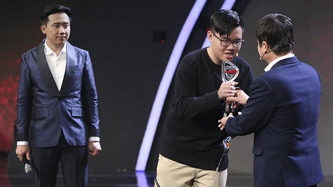 'Siêu trí tuệ Việt Nam': Sinh viên 19 tuổi giải đề thi quốc tế chỉ bằng nửa thời gian