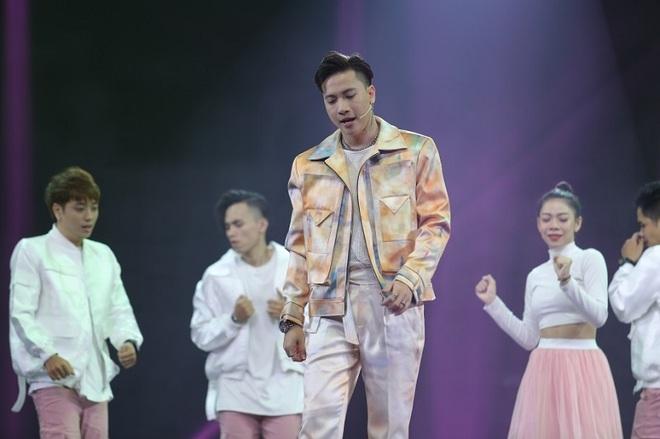 Hoàng Thùy Linh, Wowy, Tết Tân thời, xem Tết Tân thời, album Hoàng Thuỳ Linh, rapper Wowy, xem Tet tan thoi, Hoang Thuy Linh album Hoang, wowy rap việt