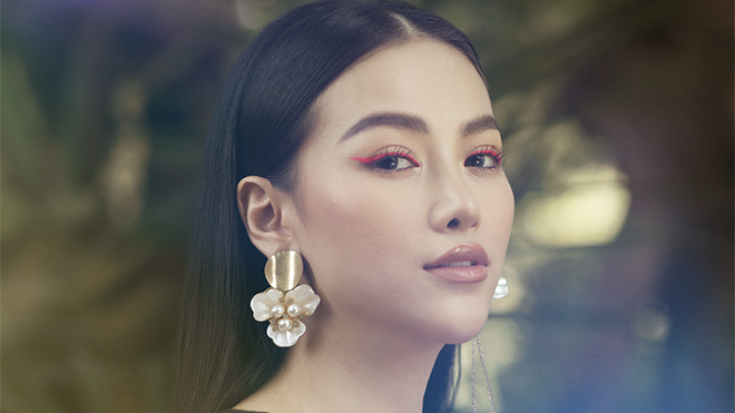 Hoa hậu Trái đất Phương Khánh đẹp rạng rỡ trong bộ ảnh mới