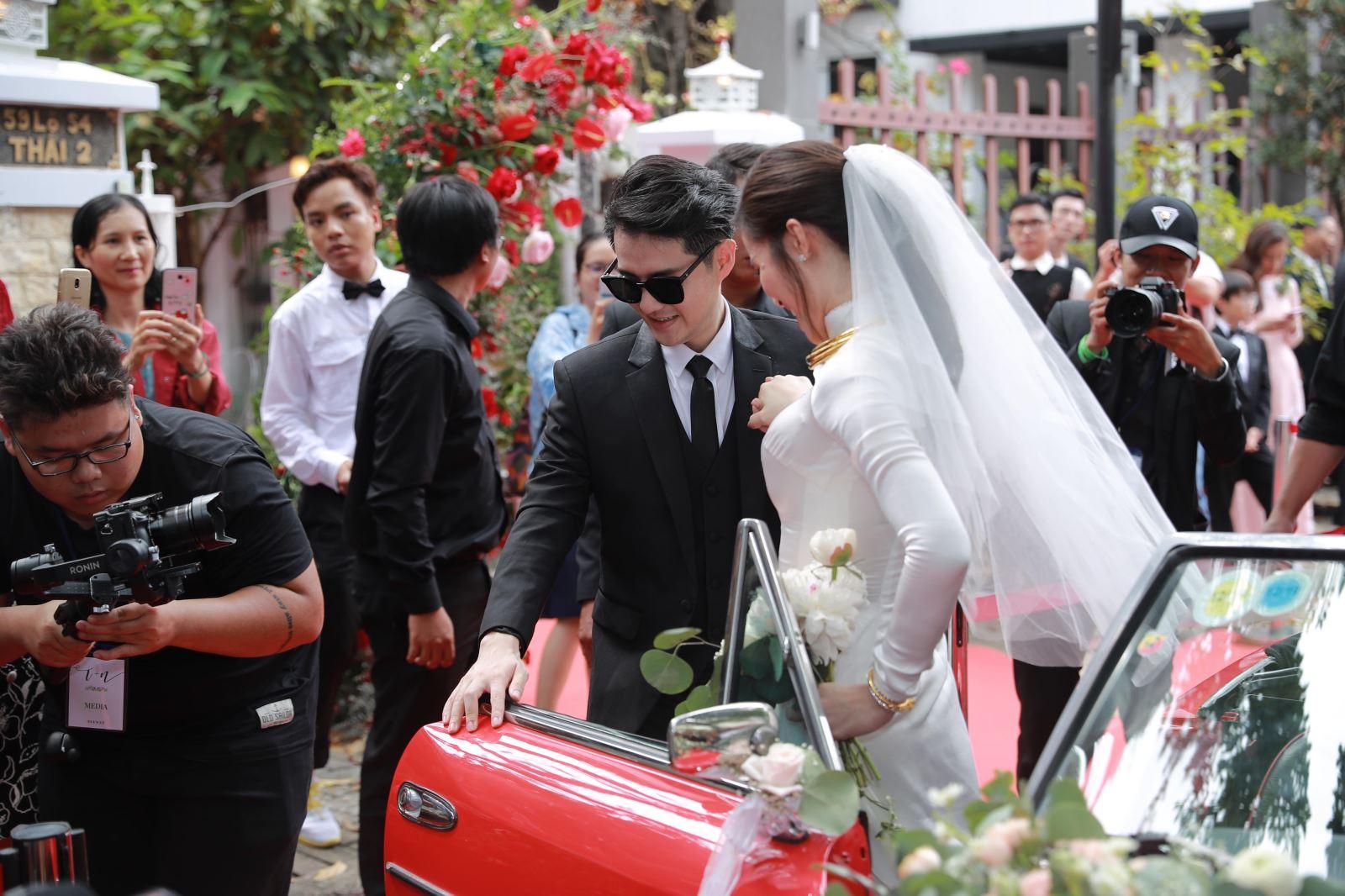 đám cưới Đông Nhi Ông Cao Thắng, đám cưới Ông Cao Thắng Đông Nhi, lễ cưới Đông Nhi Ông Cao Thắng, dam cuoi Dong Nhi Ong Cao Thang, Đông Nhi, Đông Nhi Ông Cao Thắng