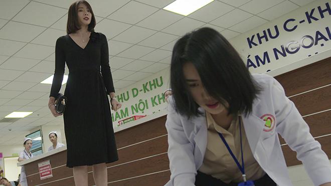 'Cây táo nở hoa': Châu bị vợ nhân tình đến bệnh viện đánh