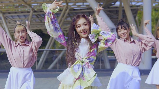 MV debut được hơn 3 triệu view, Hoàng Duyên tung bản dance đẹp mắt