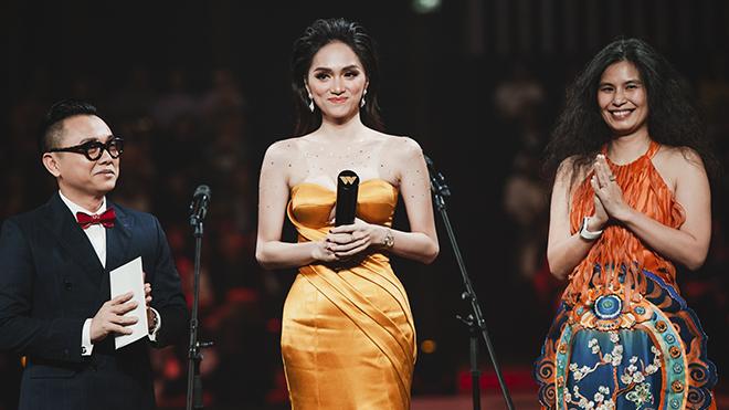 Tranh cãi Hương Giang vượt mặt Trấn Thành, Ninh Dương Lan Ngọc để thắng giải