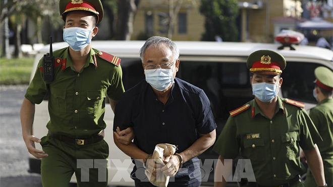 Vụ án nguyên Phó Chủ tịch UBND Thành phố Hồ Chí Minh Nguyễn Thành Tài: Tòa trả hồ sơ