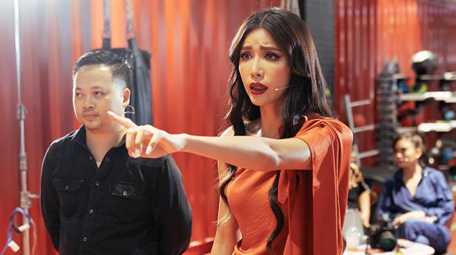 Siêu mẫu Minh Tú chê Thuý Vân ở Hoa hậu Hoàn vũ Việt Nam: 'Em như tô súp thiếu muối'