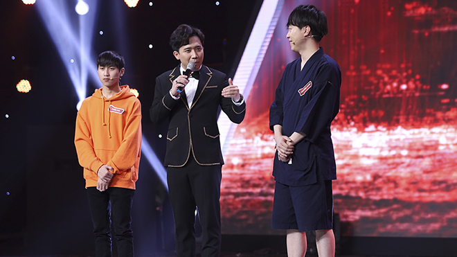 'Siêu trí tuệ Việt Nam' tập cuối: Hồi hộp chờ đợi 'mắt thần' Tuấn Phi đánh bại tuyển thủ Nhật Bản