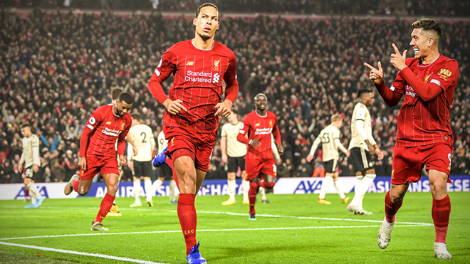 Liverpool 2-0 MU: 'The Kops' tiến gần tới chức vô địch