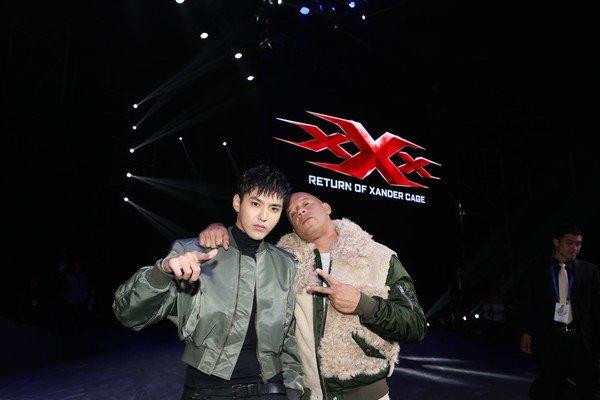 """Vin Diesel và Ngô Diệc Phàm trên phim trường """"xXX: The Return of Xander Cage"""""""