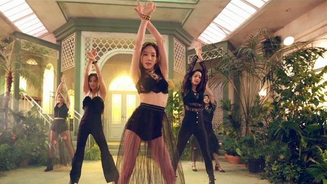 Oh!GG nhóm của các cô gái Girls' Generation còn lại nhá hàng MV mới 'Lil' Touch'