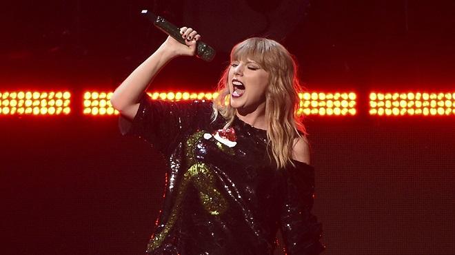 Taylor Swift đầu quân cho Universal với hợp đồng khoảng 200 triệu USD