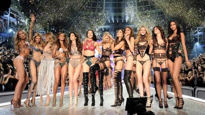 Choáng với thù lao khủng dàn mẫu bỏ túi sau 'Victoria's SecretFashion Show'
