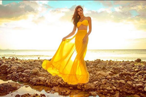 Ngắm vẻ gợi cảm của tân Hoa hậu Hoàn vũ 2018 Catriona Gray