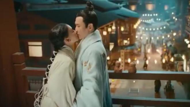 'Hạo Lan truyện' tập 17, 18: Fan đổ gục với cảnh Hạo Lan (Ngô Cẩn Ngôn) 'cưỡng hôn' Lã Bất Vi (Nhiếp Viễn)