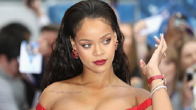 Là nữ ca sĩ giàu nhất hành tinh nhưng thu nhập chủ yếu của Rihanna không đến từ âm nhạc