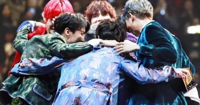 BTS, Suga BTS, Suga BTS tiết lộ điều sẽ làm nếu một thành viên quyết rời nhóm, BTS ra sao nếu một thành viên muốn rời nhóm, RM BTS, BTS từng định giải tán năm 2018