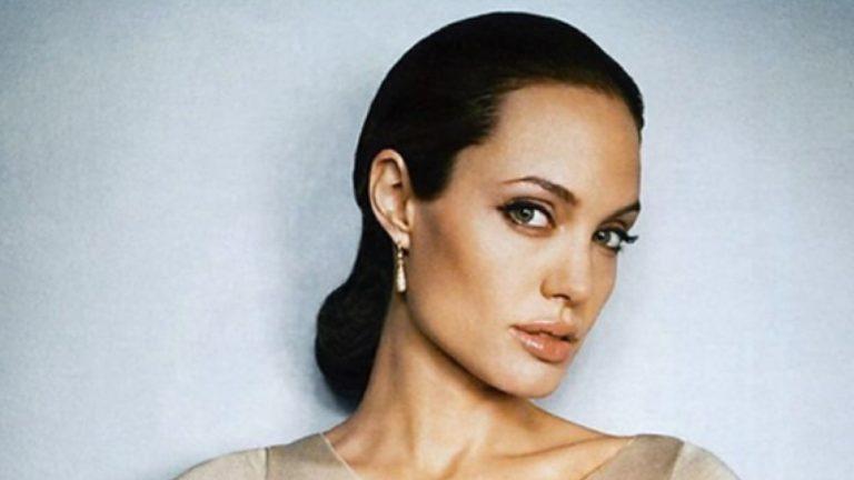 mặt mộc sao nữ, sao nữ khoe mặt mộc, Angelina Jolie, Kylie Jenner, Jennifer Lawrence, Lady Gaga, Beyonce, Adele, Rihanna