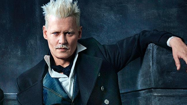 Johnny Depp, J.K. Rowling, Amber Heard, Fantastic Beasts 3, Johnny Depp scandal, Johnny Depp bỏ túi 10 triệu USD, Johnny Depp kiếm trăm tỷ, Amber Heard vua thủy tề