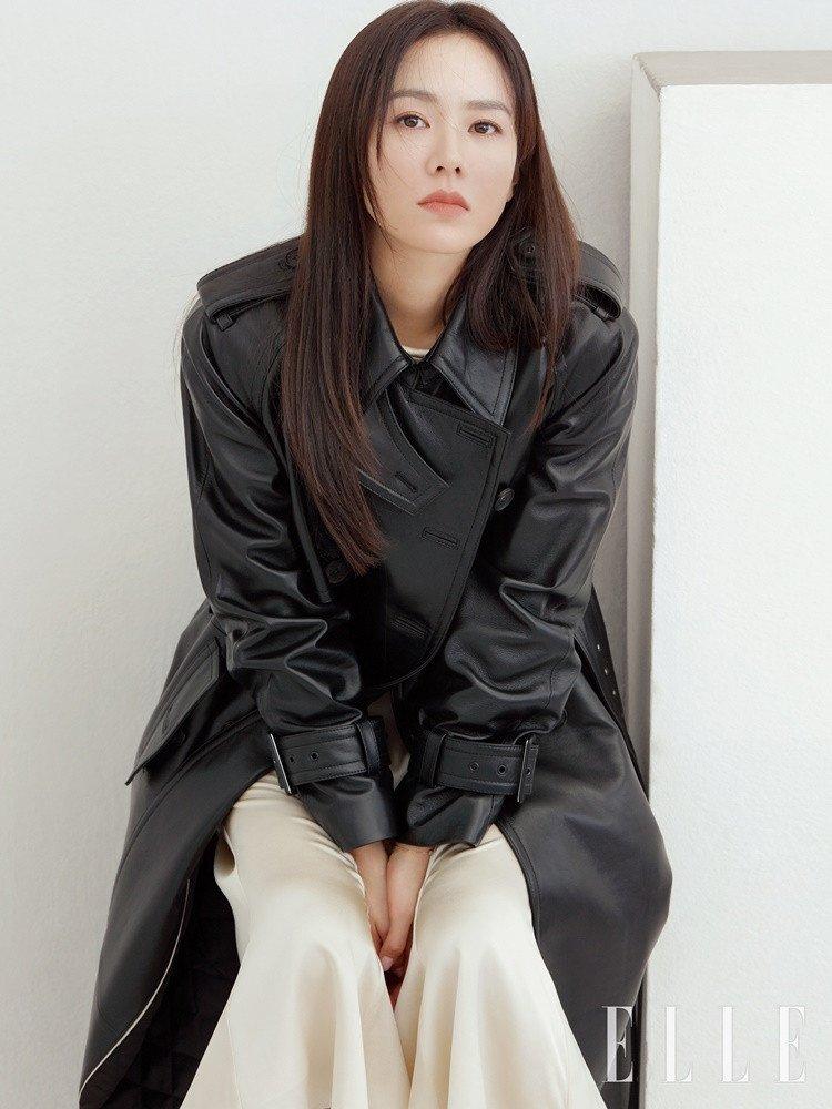 Son Ye Jin, Son Ye Jin hạ cánh nơi anh, Son Ye Jin crash landing on you, Son Ye Jin Elle, Son Ye Jin phim Hollywood, Son Ye Jin hẹn hò, Son Ye Jin Hyun Bin