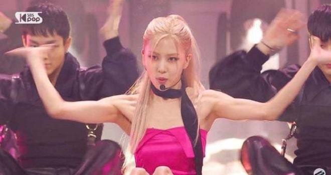 Blackpink, Rose Blackpink, Blackpink Rose, Rose Blackpink On the ground, Rose cơ bắp, Rose Blackpink cơ bắp, Rose hình ảnh, Jennie, Lisa, Jisoo, Jennie Blackpink