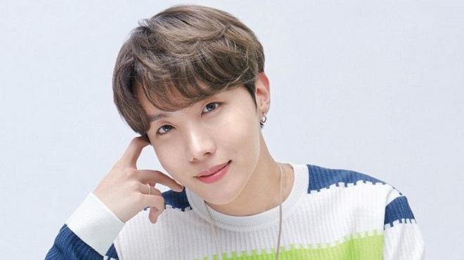 Dân mạng xôn xao về món bánh kim chi kì quặc của J-Hope BTS
