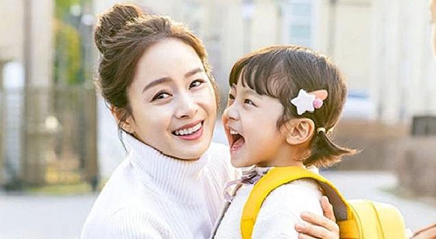 Kim Tae Hee. Hi Bye, Mama của Kim Tae Hee. Bi Rain nói gì về Hi Bye, Mama. Bi Rain nói gì về phim mới của vợ. Bất ngờ trước phản ứng của Bi Rain về phim Kim Tae Hee